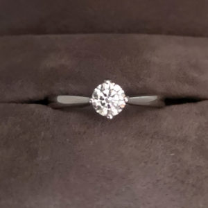 0.40 Carat Round Brilliant Cut Diamond Solitaire Ring in Platinum