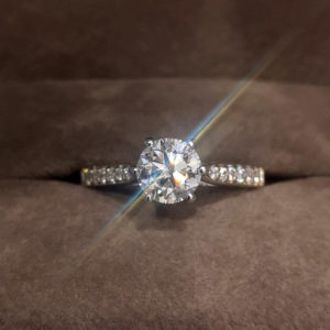 1.22 Carat Round Brilliant Cut Diamond Ring with Shoulders