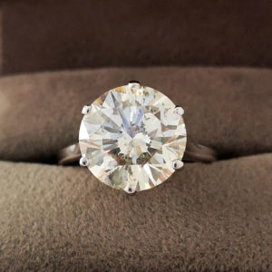 5.50 Carat Round Brilliant Cut Diamond Ring
