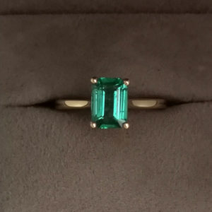 1.40 Carat Zambian Green Emerald Ring in Yellow Gold