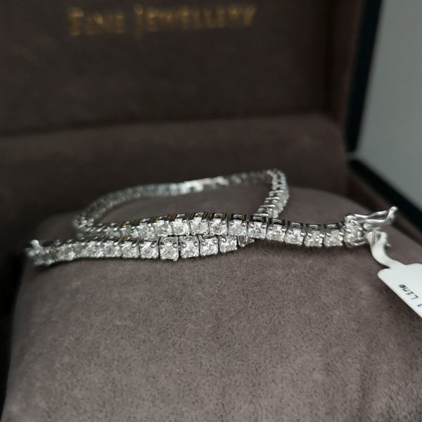 4.00 Carat Diamond Line White Gold Bracelet
