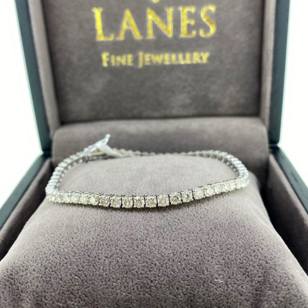 5.90 Carat Diamond Line White Gold Bracelet