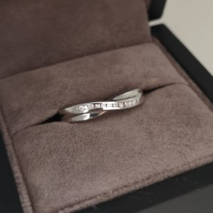 9ct White Gold 3mm Diamond Set Shaped Wedding Ring